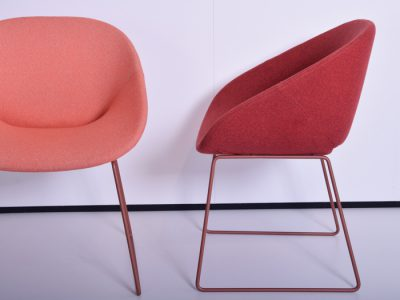 Pierre paulin by artifort little tulip chairs and an oval